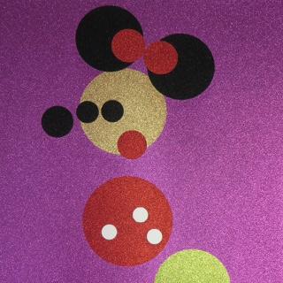 Minnie (Pink Glitter), 2016 Farbsiebdruck mit Glitzer auf gewebtem Papier / Screenprint in colors with glitter on woven paper Maße: 87,5 X 70,0 cm (34 x 27 1/1 Inch) Edition: 100 Stück (sowie 10 AP) Rückseitig mit Bleistift signiert und nummeriert sowie gestempelt mit dem Künstlerstempel Verlag: Other Criteria Ltd. London